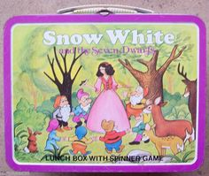 Vintage Snow White Metal Lunch Box, I Want this! Lunch Box Thermos, School Lunch Box, School Lunches, School Days, Vintage Lunch Boxes, Snow Images, Whats For Lunch, Metal Lunch Box, Vintage School