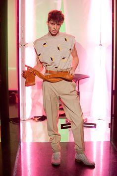 JEAN PAUL GAULTIER AUTOMNE-HIVER 2013-2014 Paris Jean Paul Gaultier, Jeans, Autumn, Fall Winter, Urban Fashion, Mens Fashion, Paris Fashion, 2013, Capri Pants