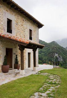 Inmersa en un valle Asturiano -