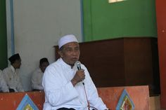 Berbahagialah~: Pesan Hidup dari Abah K.H. Imam Barmawi Burhan