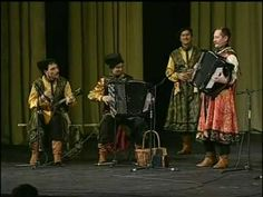 "Russian folk song. KOROBUSHKA.  ""Russian Cossack"". PEDLARS For better sound please watch in 240 p. quality. The folk group ""Russian Cossack"" play Russian folk songs ""Korobushka"" and ""Kamarinskaya"" on GARMOSHKA."