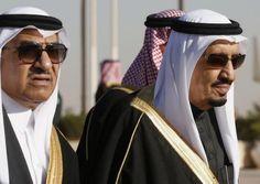 Saudi Arabia's Deputy Crown Prince Mohammed bin Nayef (L) arrives with his uncle King Salman (R) to greet U.S. President Barack Obama at King Khalid International Airport in Riyadh, January 27, 2015.  REUTERS/Jim Bourg