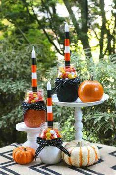 décoration de table pour halloween avec des bougies