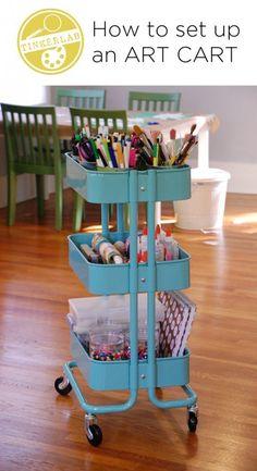 Hacer un carrito de arte sobre ruedas. | 35 maneras baratas e ingeniosas para tener el mejor salón de clases