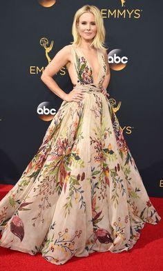 Emmys 2016  Best Dresses of the Night - Kristen Bell in Zuhair Murad  Couture Red 4e9fd048e21b