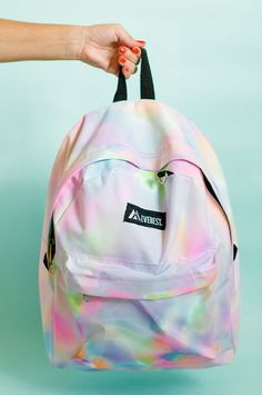 DIY Watercolor Backpack - you'll want to make one even if you haven't went back to school shopping in YEARS.