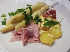 Spargel aus dem Ofen - ideal für Gäste, ein schmackhaftes Rezept aus der Kategorie Gemüse. Bewertungen: 686. Durchschnitt: Ø 4,8.