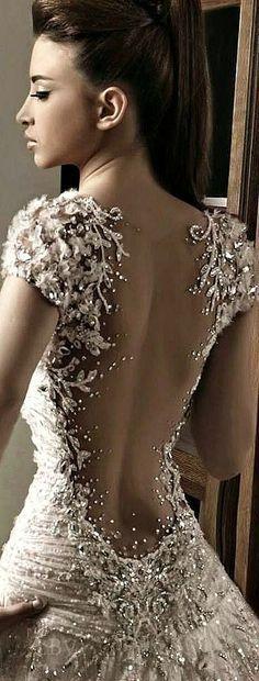 cool Bordados super ricos.Super válido para um vestido de noiva bacana... by post_link