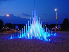 Licht Piramide - Rotonde - rotondekunst.eu Natascha Waeyen Artistic Installation, Light Installation, Architecture Concept Diagram, Art And Architecture, Dubai Design Week, Stage Lighting Design, Inside Art, Fountain Design, Mural Wall Art