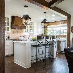 We detail our favorite parts of this week's Fixer Upper and how several of the home's features look like details we've used in some client projects. Link in profile. #greatminds #fixerupper