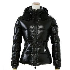 Doudoune Moncler Femme Badia noir http   www.sitemonclerdoudoune.com  doudoune 979d493c2fb