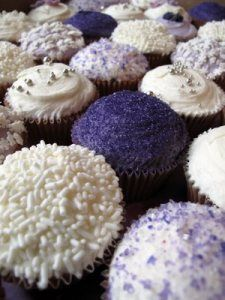 purple Cupcakes perfect for Cupcake Wrappers from @Dress My Cupcake