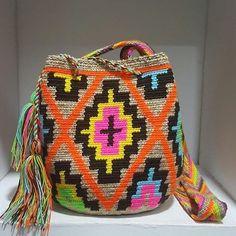 "183 Likes, 2 Comments - Wayuuu Style Store (@wayuustylestore) on Instagram: ""Mochilas Wayuu #bolsaswayuu #wayuumochilas..... #missgbags with @wayuustylestore Variety of designs…"""
