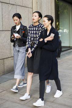 【スナップ】アジアンクールビューティの宝庫! 2016-17年秋冬上海・ファッション・ウイーク ストリートスナップ 35 / 37