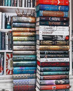I Love Books, Good Books, Library Bookshelves, Fantasy Books To Read, Dream Library, Dream Book, Books For Teens, Book Aesthetic, Book Fandoms