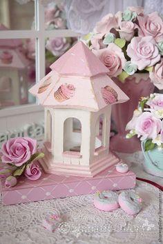 http://cs2.livemaster.ru/foto/large/c4a14122197-dlya-doma-interera-sweet-capcake-domik-dlya-n8958.jpg