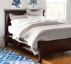 Farmhouse Storage Bed #potterybarn Nice shape - would prefer a lighter colour.