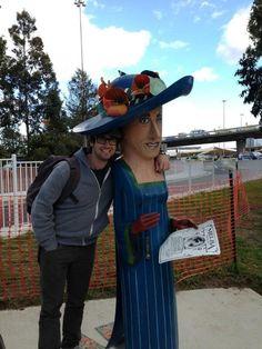 josh grobanVerified account@joshgroban  I sure do like making new friends! #Melbourne #foreveralone