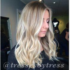Blonde balayged ombre. Platinum blonde balayage
