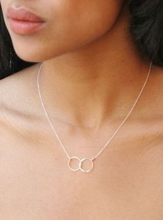 simple linked necklace
