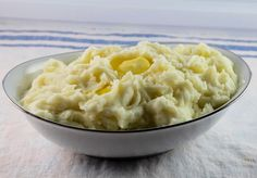 This delicious recipe for Crockpot Mashed Potatoes uses red potatoes, garlic, and sour cream to make this side dish creamy and velvety.