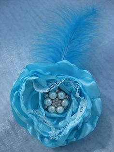 Beautiful-OOAK-Satin-Lace-Pearl-Feather-Flower-Corsage-Brooch-Duck-Egg-Blue