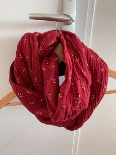 Unisexe Mode Rouge Bordeaux à Volants écharpe Foulard Rond écharpe Infinity écharpe