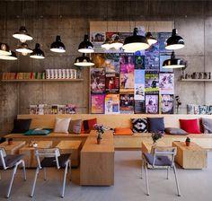 the secret garden: CoffeeCompany in Oosterdok