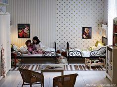 Квадратная детская комната фото