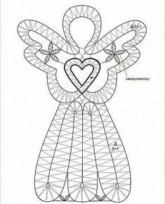 Bobbin Lace Patterns - Her Crochet Crochet Dreamcatcher, Macrame Art, Lace Tape, Bruges Lace, Romanian Lace, Bobbin Lacemaking, Bobbin Lace Patterns, Point Lace, Needle Lace