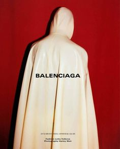 "fashionwonderer: "" Balenciaga Spring Summer 17 featured in February 17 Issue Photography by Styling by Editor "" Fashion Brand, Fashion Art, Mens Fashion, Fashion Design, Fashion Advertising, Advertising Campaign, Brand Campaign, Fashion Marketing, Editorial Photography"