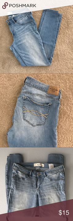 Abercrombie & Fitch Skinny Jeans Abercrombie & Fitch Light Blue Skinny Jeans Barely worn, size: 10R or W30L29 Abercrombie & Fitch Jeans Skinny