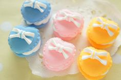 6 pcs Polymer Clay Macaroon Cabochon 24mm H20mm by misssapporo