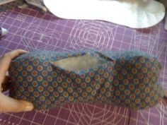 Free pattern: four sided dog bone neck pillow from Apron Strings