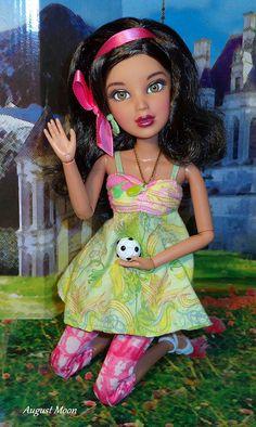 liv+dolls | LIV doll - Hi! Pretty Dolls, Cute Dolls, Beautiful Dolls, Liv Dolls, Barbie Dolls, Chanel Oberlin, Kawaii Doll, Doll Wardrobe, Valley Of The Dolls