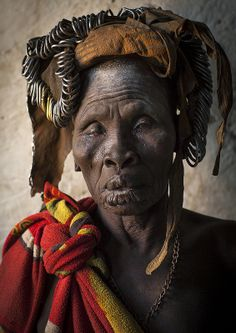 One Eyed Mursi Tribe Woman, Mago Park, Omo Valley, Ethiopia photo Eric Lafforgue