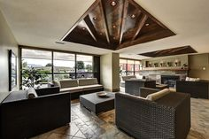 Entertainment Room, Double Beds, Queen Beds, Outdoor Pool, Condo, Luxury, Table, Furniture, Home Decor