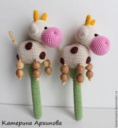 Купить Коровка-погремушка. - комбинированный, коровка, коровка погремушка, погремушка, погремушка вязаная, погремушки