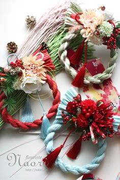 Japanese New Year wreath 2015 お正月 … Japanese Door, Japanese New Year, Christmas Deco, Christmas Wreaths, Christmas Crafts, Flower Crafts, Diy Flowers, Japanese Ornaments, Chinese New Year Cookies