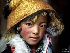 Enfants tibétains - Tibet - Droits humains - Soutient de l'Europe pour protéger les tibétains de la Chine et sa dictature. Stop génocide tibétain.