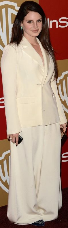 Lana Del Rey on the red carpet all white pantsuit #LDR
