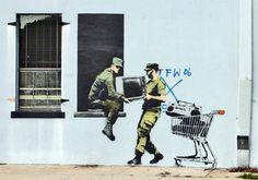 Street art of Banksy - world of art graffiti Banksy Graffiti, Street Art Banksy, Banksy Artwork, Banksy Canvas, Bansky, Graffiti Bridge, Graffiti Drawing, Graffiti Painting, Best Street Art