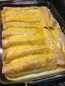 Sour Cream Chicken Enchiladas (THM!) Less spices amount in chicken mixture. Add cilantro and salsa. Sauce not too thick.