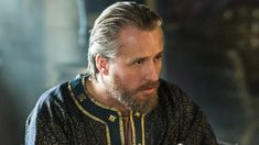 """The newest addition to the """"Vikings"""" cast, Linus Roache, says his King Ecbert is as much a politician as he is a warrior. Watch his first meeting with Ragnar."""