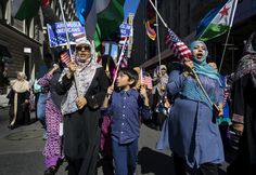Hundreds of American Muslims from NY gathered on Sunday for the annual Muslim Day Parade.