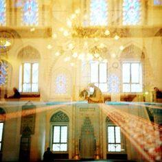 ((mosque))
