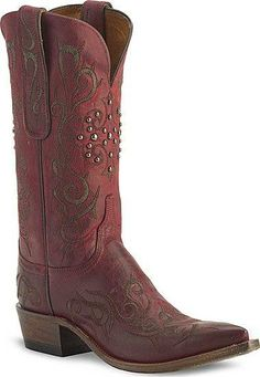 #Love these red cowgirl boots