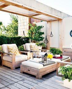 modernes rustikales hinterhof design holz möbel auflagen