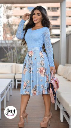 Cute Girl Dresses, Modest Dresses, Pretty Dresses, Beautiful Dresses, Dressy Outfits, Mode Outfits, Skirt Outfits, Fashion Outfits, Vintage Midi Dresses