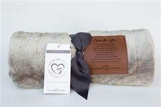 This beautiful ultra soft, plush blanket makes a unique and memorable pick-me-up gift for anyone in need of hope and encouragement. The warmth and softness will always remind them that you are here for them. Ultrasound Frame, Confirmation Gifts, Leather Label, Christmas Frames, Grandparent Gifts, First Holy Communion, Religious Gifts, Memorial Gifts, Home Decor Styles